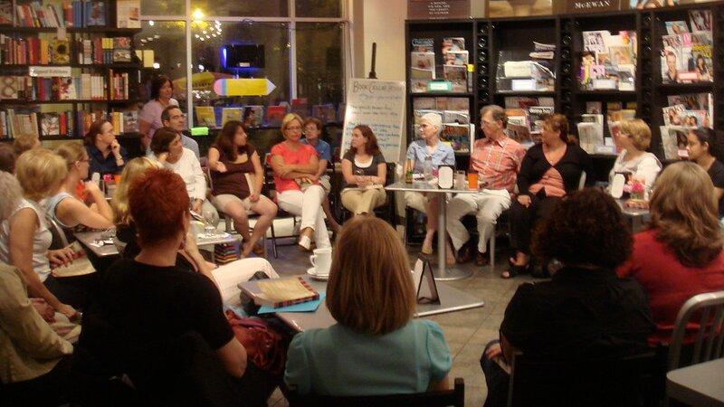 Muchos clubs de lectura online se especializan en un género o subgénero literario.