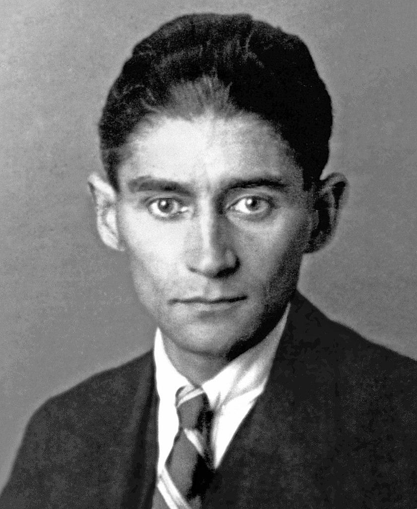 Franz Kafka, novelista atormentado, que plasmó sus obsesiones en sus obras.Franz Kafka, novelista atormentado, que plasmó sus obsesiones en sus obras.